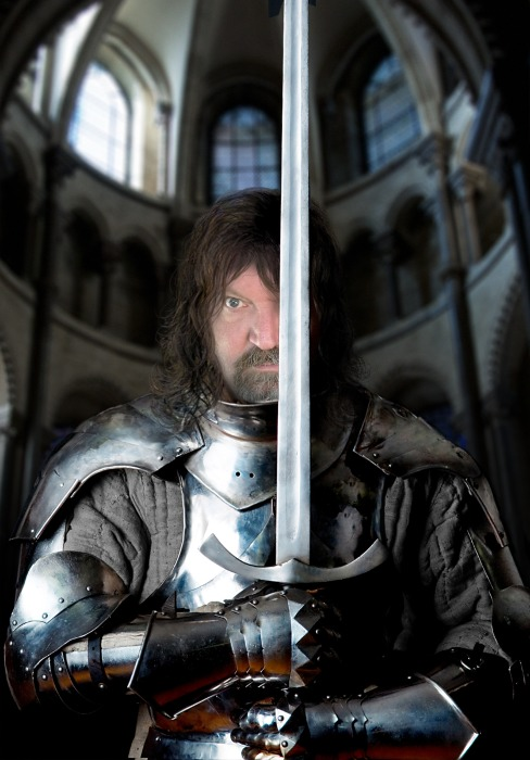 I look AWESOME in Armor!