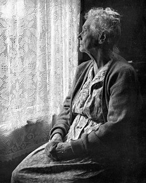 lonely-old-woman