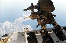 220px-Parachutistes_Balagne